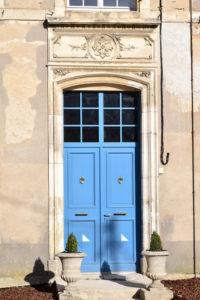 Porte extérieure Palais de Vaucouleurs