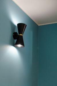 Luminaire mur bleu