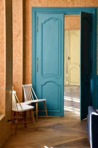 Porte colorée palais